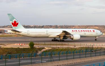 C-FRAM - Air Canada Boeing 777-300ER