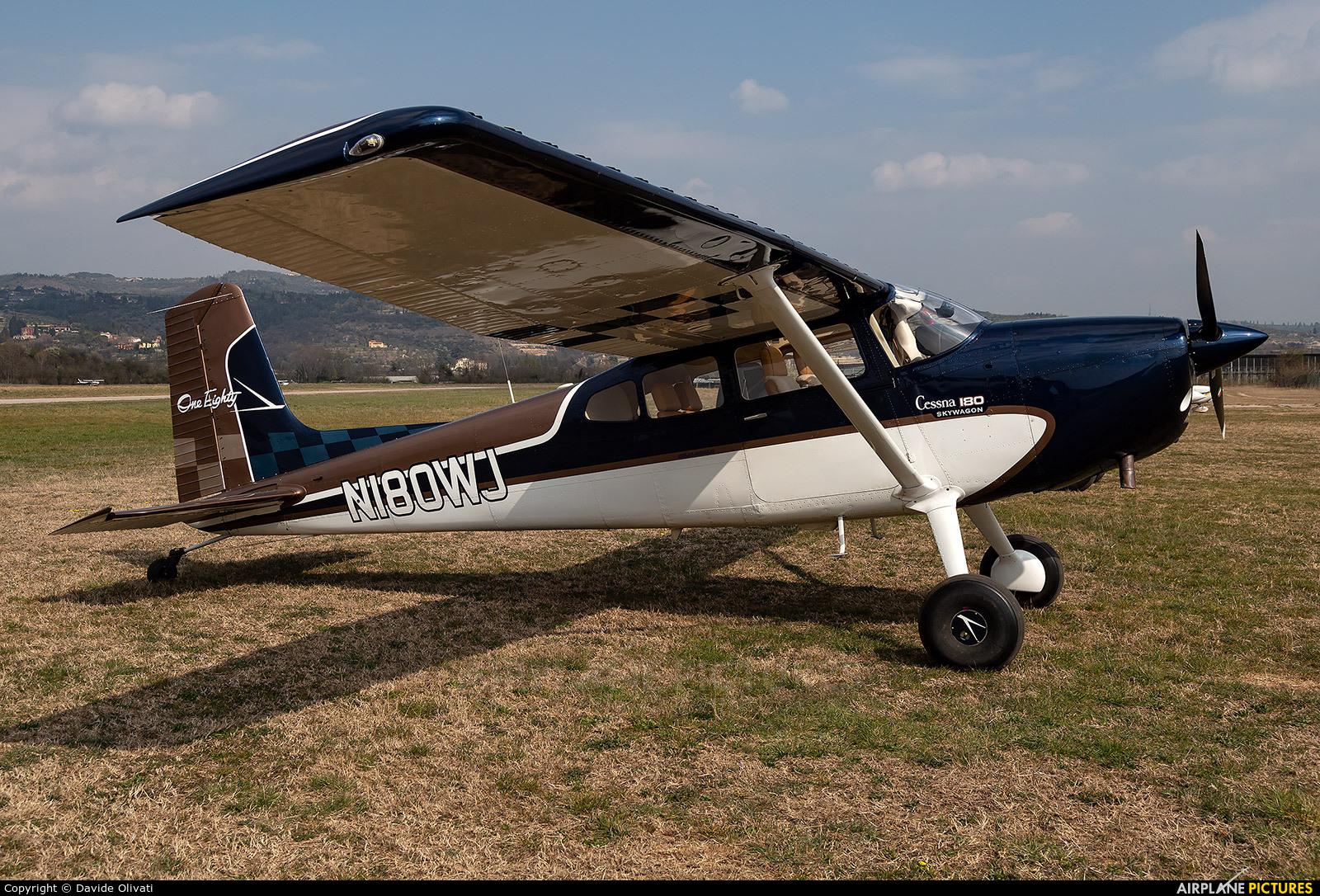 Private N180WJ aircraft at Verona - Boscomantico