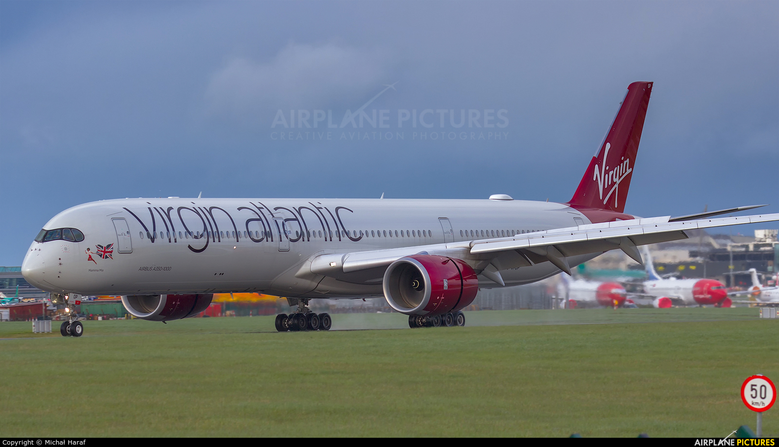 Virgin Atlantic G-VPOP aircraft at Dublin