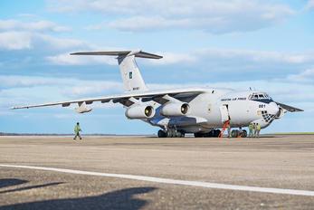 R09-001 - Pakistan - Air Force Ilyushin Il-78
