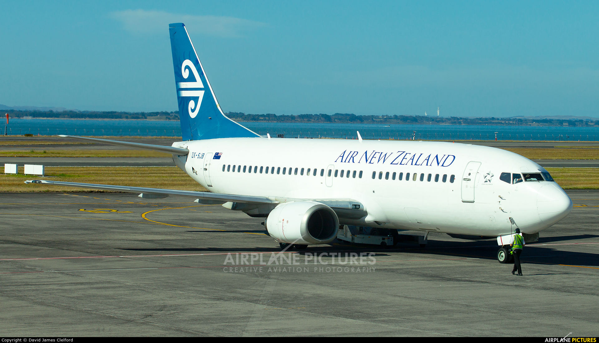 Air New Zealand ZK-SJB aircraft at Auckland Intl