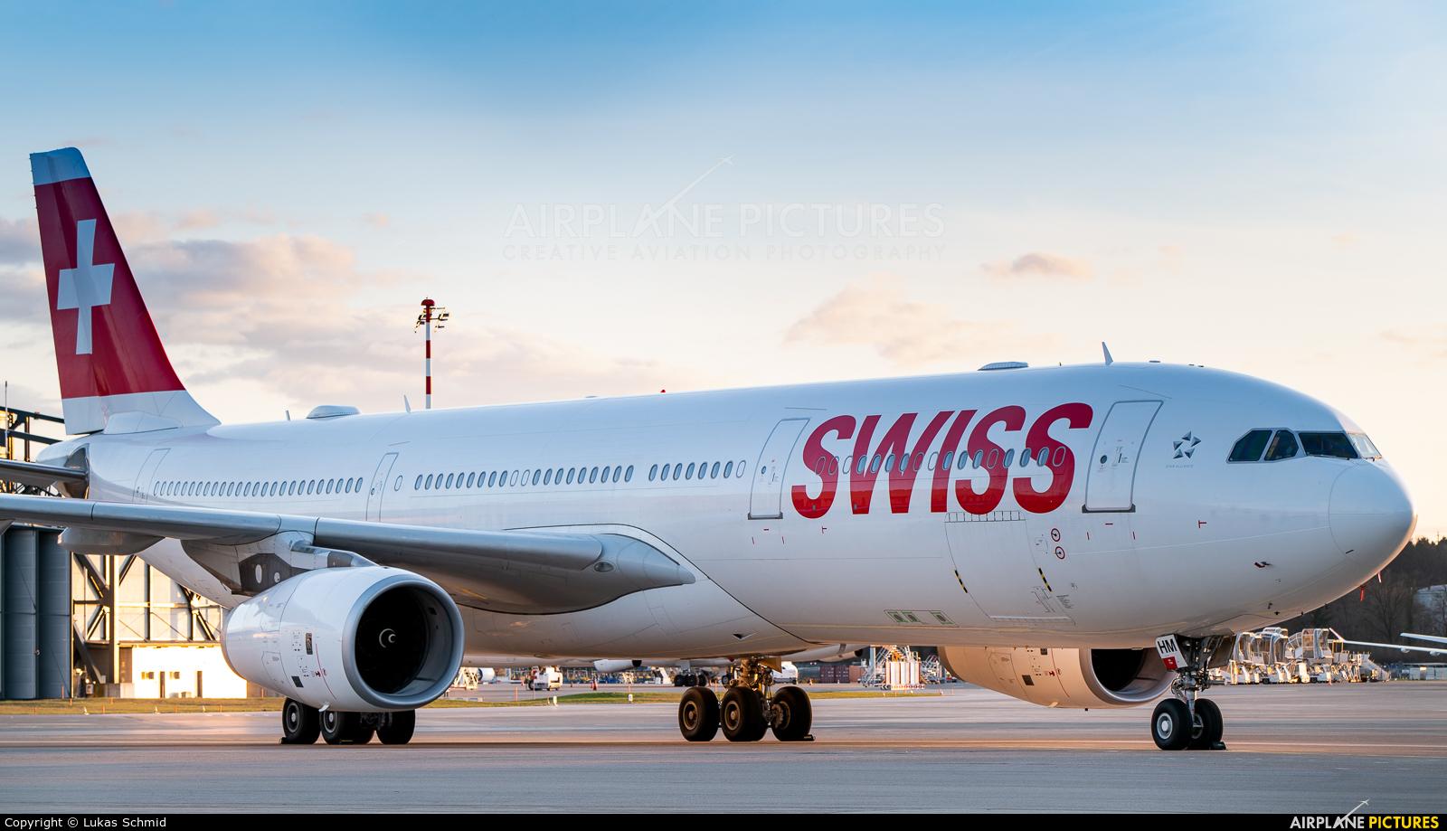 Swiss HB-JHM aircraft at Zurich