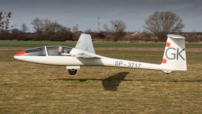 SP-3717 - Private PZL SZD-48 Jantar Standard 2