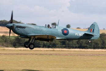 G-PRXI - Aircraft Restoration Co, Supermarine Spitfire PR.XI