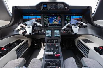 N410EE - Embraer Embraer EMB-505 Phenom 300