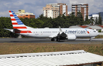 N324RA - American Airlines Boeing 737-8 MAX
