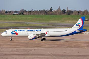 VP-BIH - Ural Airlines Airbus A321