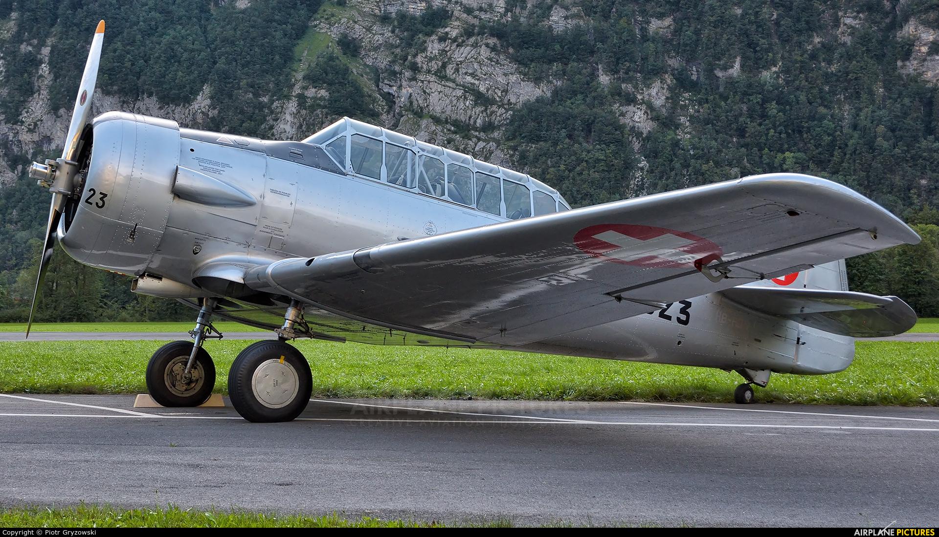Private HB-RDN aircraft at Mollis