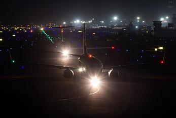 VT-J** - Jet Airways Boeing 737-800