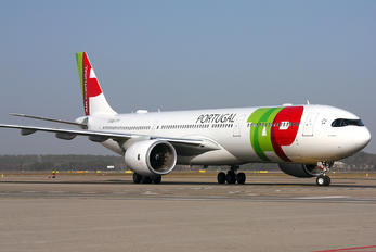 CS-TUJ - TAP Portugal Airbus A330-900