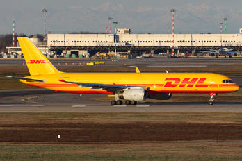 G-DHKO - DHL Cargo Boeing 757-200
