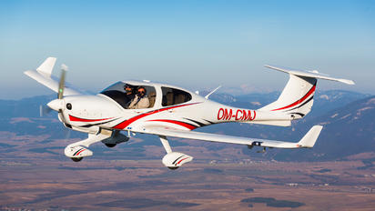 OM-CMJ - Seagle Air Diamond DA 40 NG Diamond Star