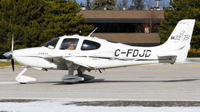 C-FDJD - Private Cirrus SR22