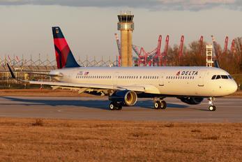 D-AVZQ - Delta Air Lines Airbus A321