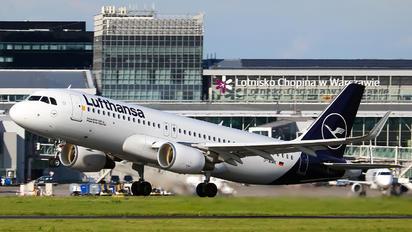 D-AIWK - Lufthansa Airbus A320