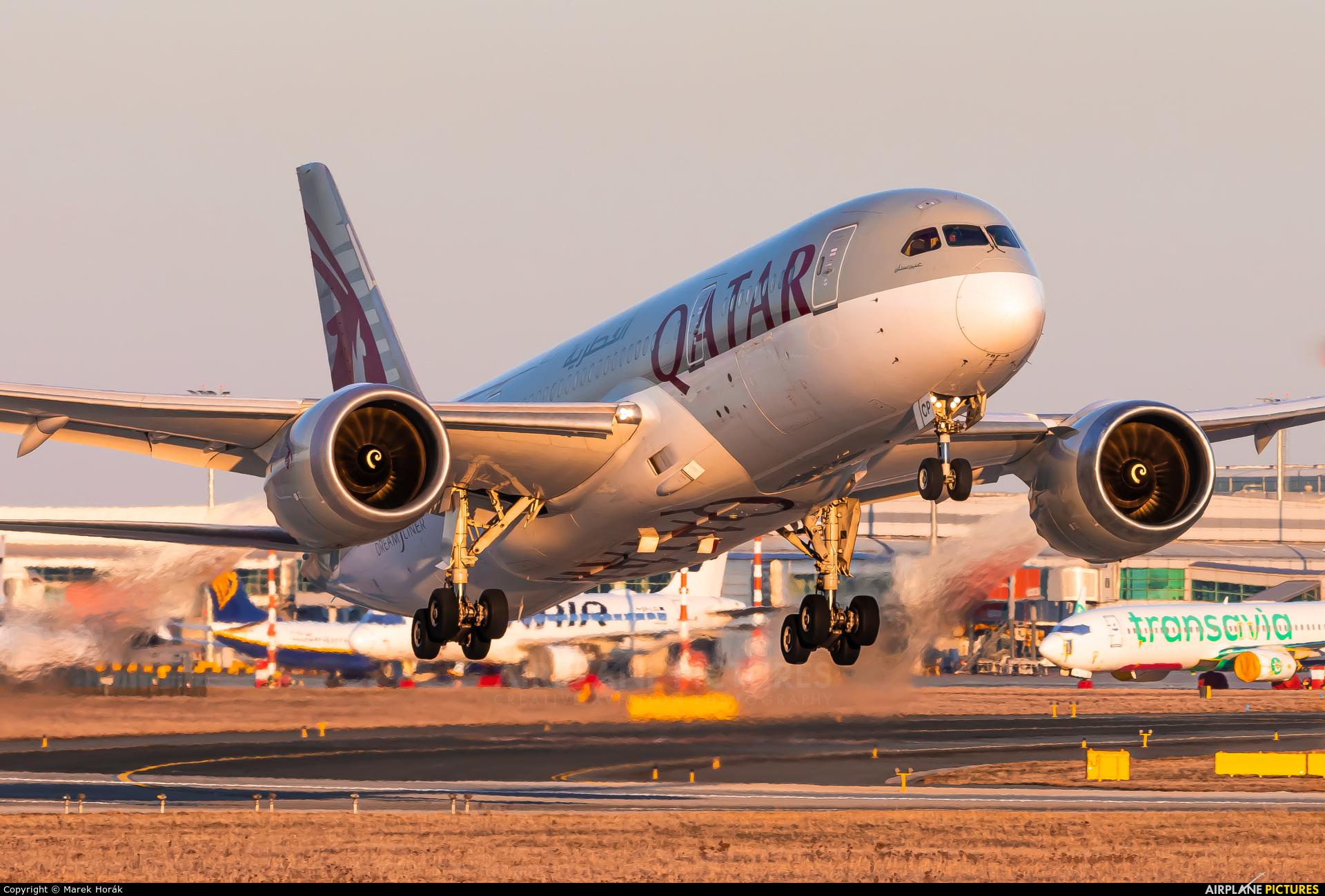 Qatar Airways A7-BCP aircraft at Prague - Václav Havel