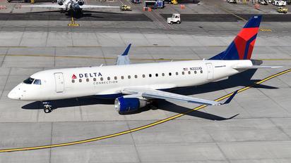 N222JQ - Delta Connection Embraer ERJ-175 (170-200)