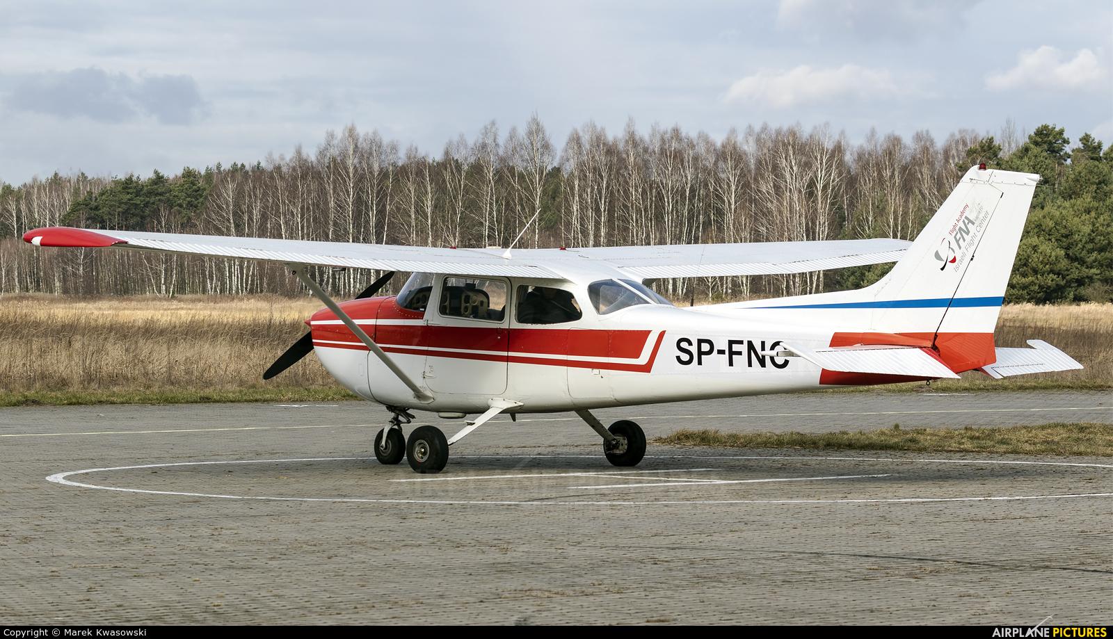 Private SP-FNC aircraft at Sobienie Królewskie