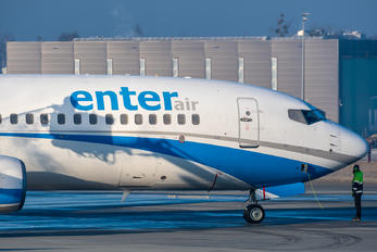 SP-ESD - Enter Air Boeing 737-8AS