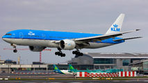 Rare visit of KLM B777 to Dublin title=