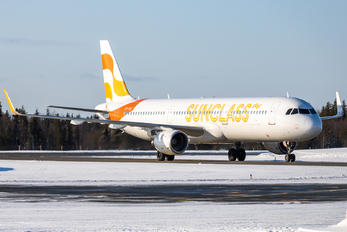 OY-TCE - Sunclass Airlines Airbus A321
