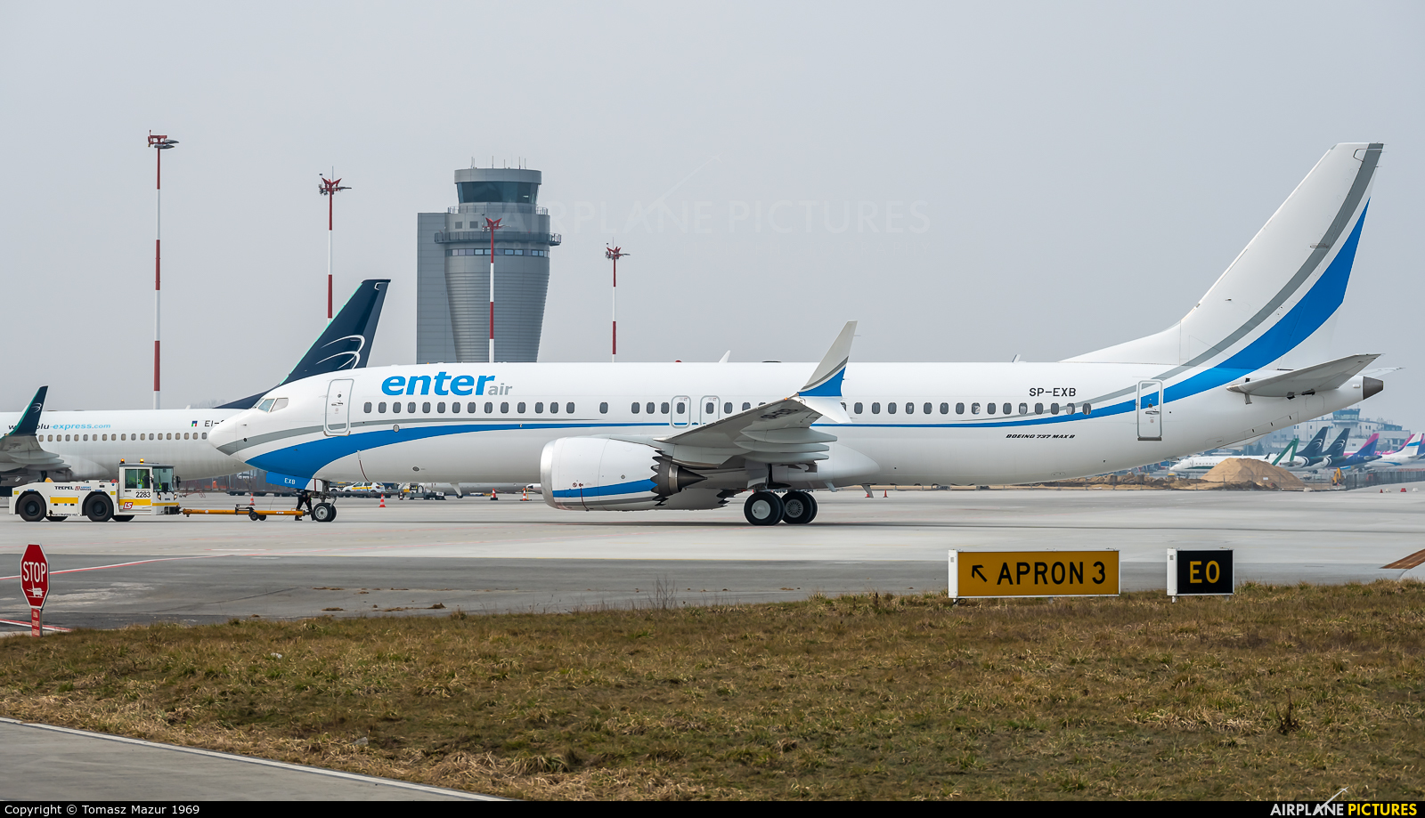 Enter Air SP-EXB aircraft at Katowice - Pyrzowice