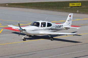 D-ENPT - Private Cirrus SR20