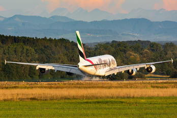 A6-EEQ - Emirates Airlines Airbus A380