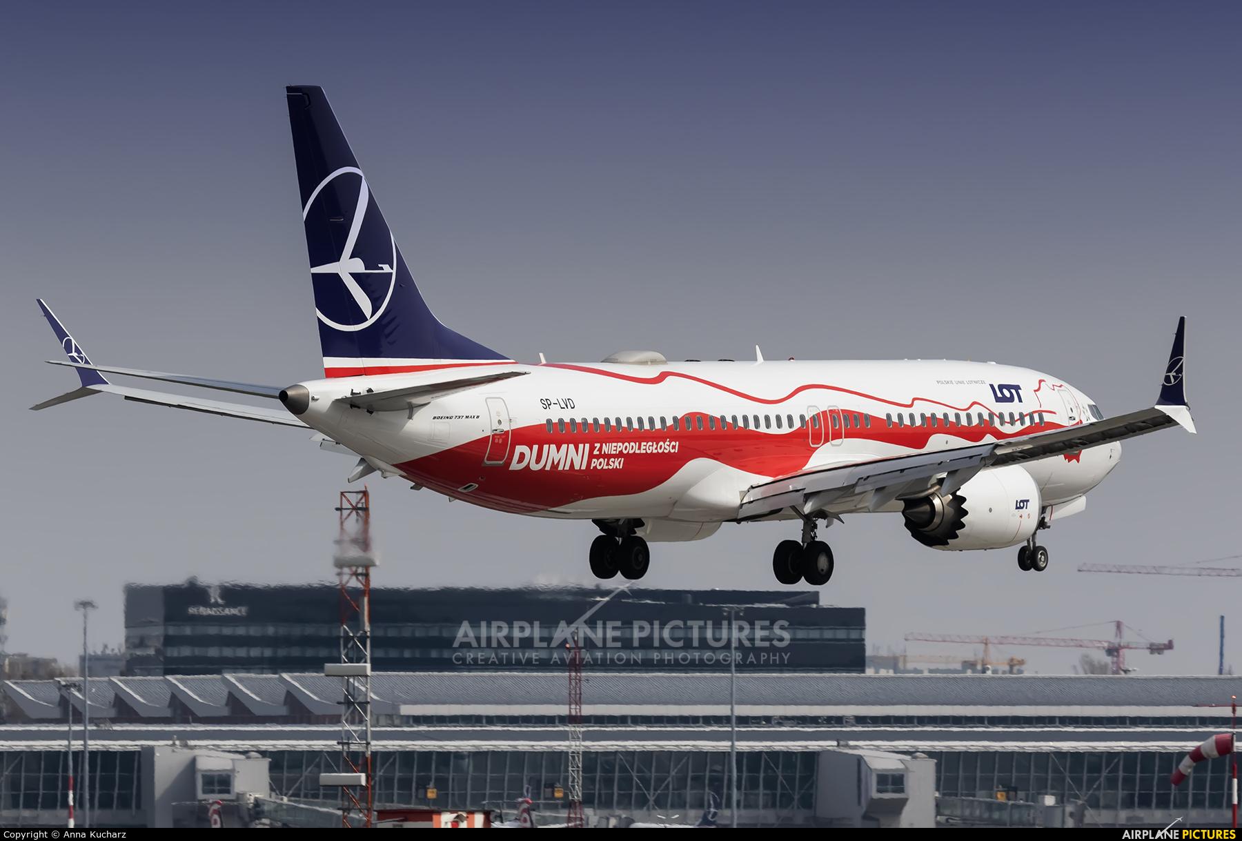 LOT - Polish Airlines SP-LVD aircraft at Warsaw - Frederic Chopin