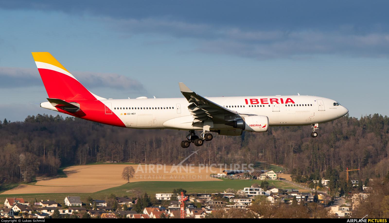 Iberia EC-MSY aircraft at Zurich