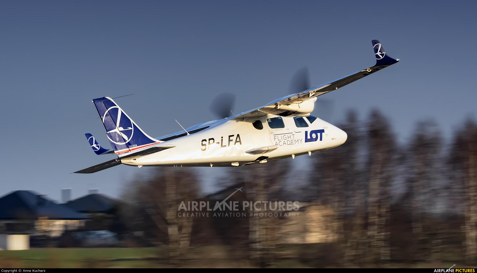 LOT Flight Academy SP-LFA aircraft at Piotrków Trybunalski