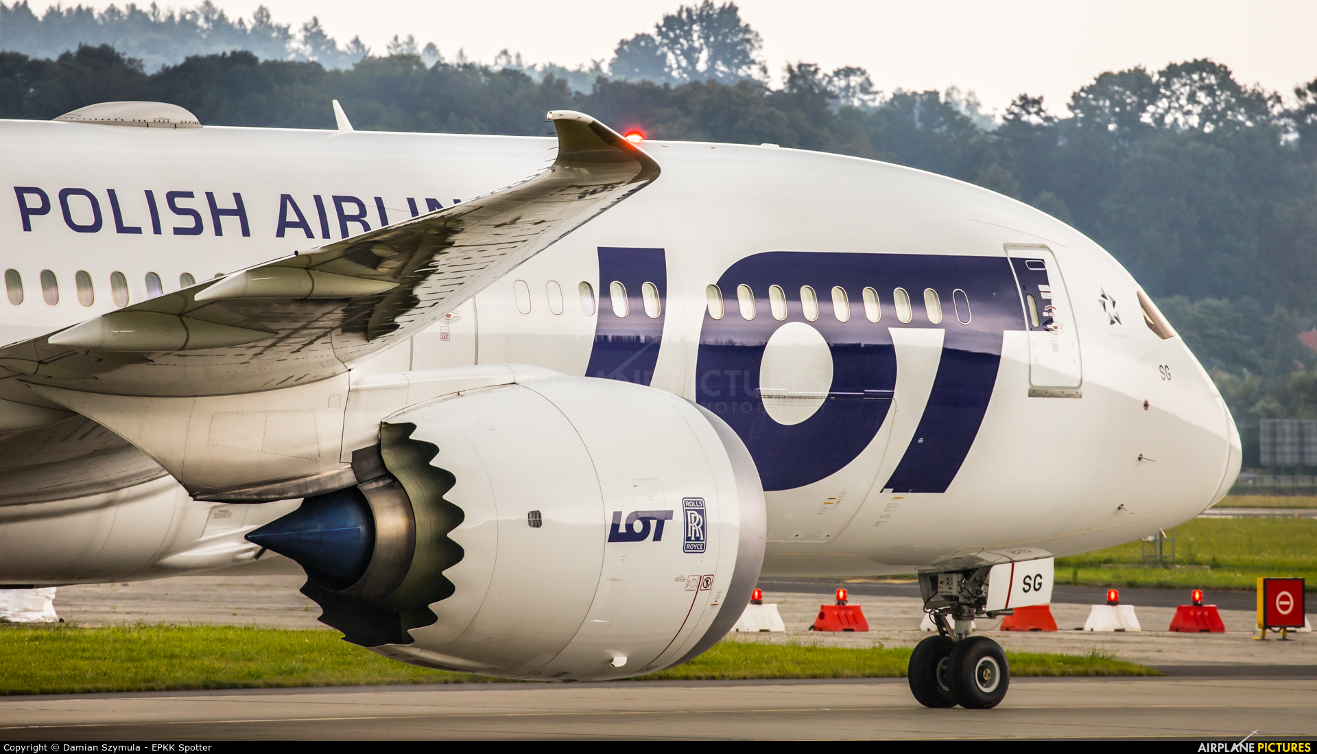 LOT - Polish Airlines SP-LSG aircraft at Kraków - John Paul II Intl