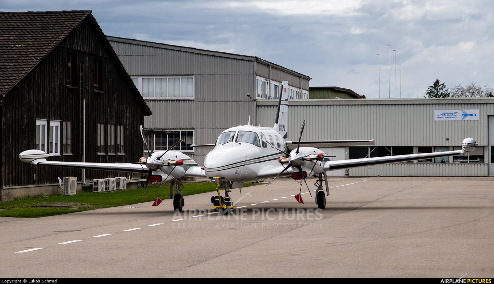 Private HB-LNL aircraft at Grenchen