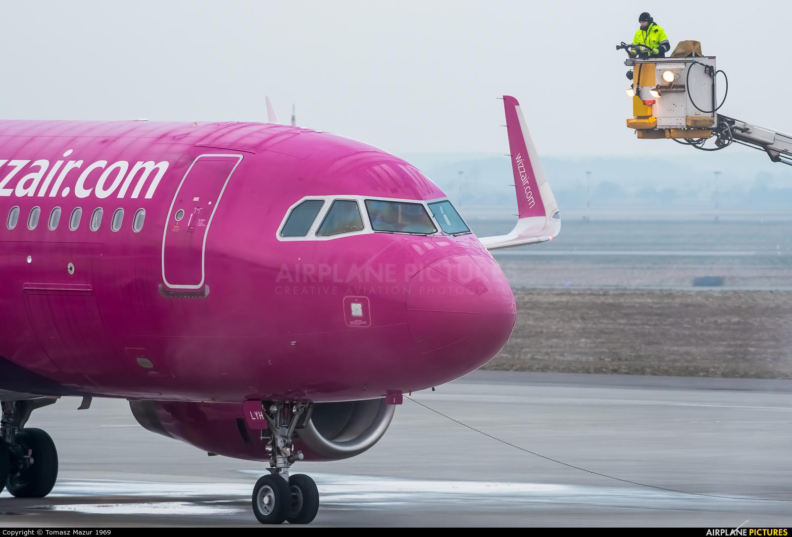 Wizz Air HA-LYH aircraft at Katowice - Pyrzowice
