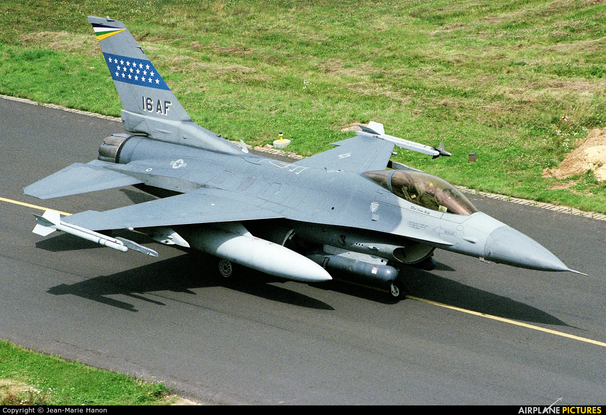 USA - Air Force 89-2016 aircraft at Florennes
