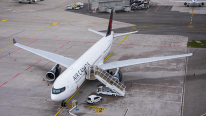 C-GHKC - Air Canada Airbus A330-300