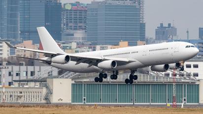 OO-ABE - Air Belgium Airbus A340-300