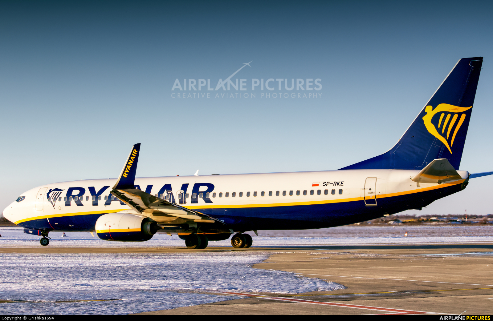 Ryanair Sun SP-RKE aircraft at Kherson International