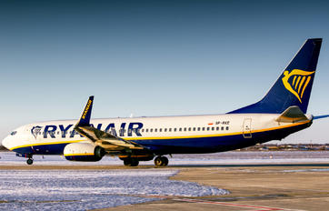 SP-RKE - Ryanair Sun Boeing 737-8AS