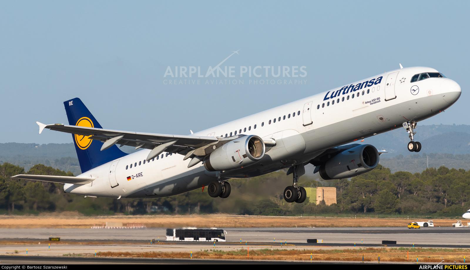 Lufthansa D-AIRE aircraft at Palma de Mallorca