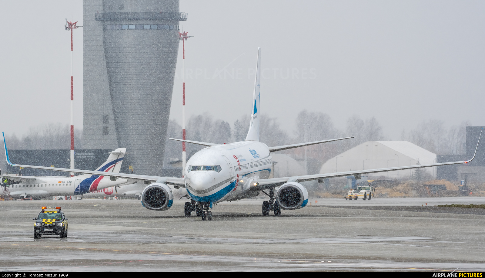 Enter Air SP-ENX aircraft at Katowice - Pyrzowice