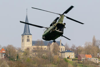 D-662 - Netherlands - Air Force Boeing CH-47D Chinook