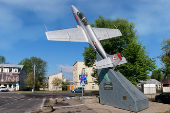 1995 - Poland - Air Force PZL TS-11 Iskra