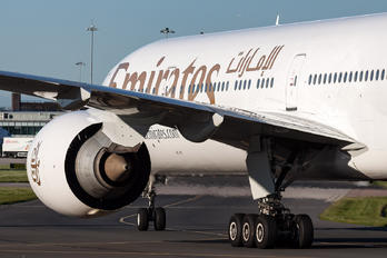 A6-EQD - Emirates Airlines Boeing 777-31H(ER)