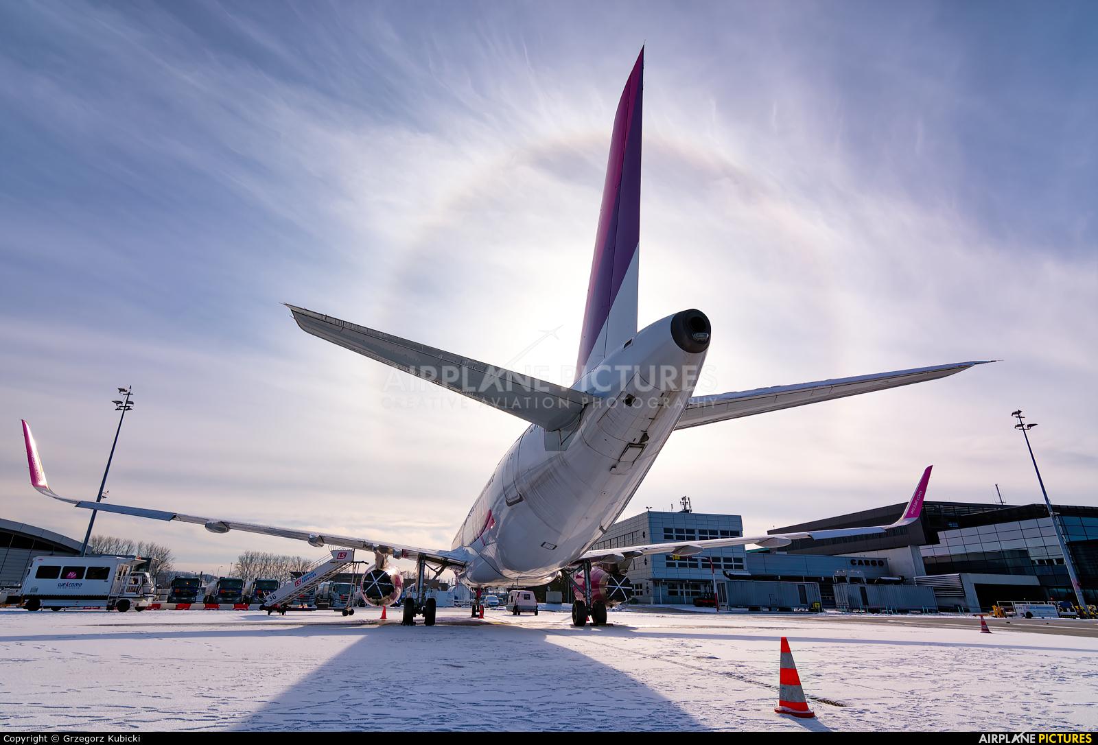 Wizz Air HA-LYH aircraft at Kraków - John Paul II Intl