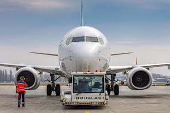 UR-PSW - Ukraine International Airlines Boeing 737-800