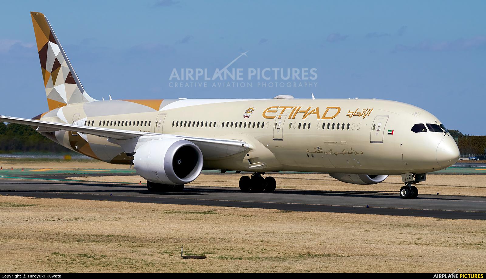 Etihad Airways A6-BLE aircraft at Tokyo - Narita Intl
