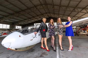 SP-2754 - - Aviation Glamour - Aviation Glamour - People, Pilot