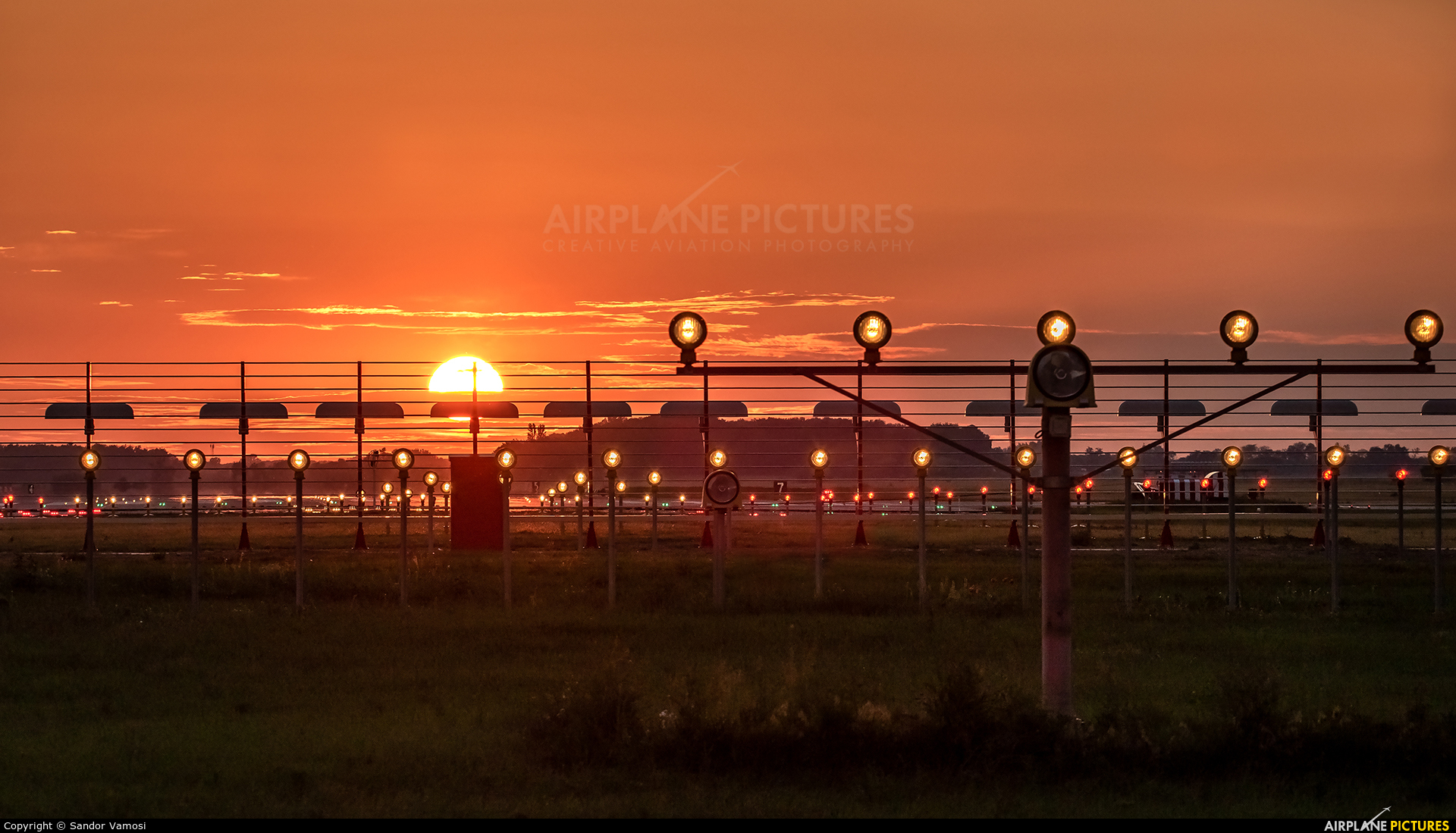 - Airport Overview - aircraft at Kecskemét