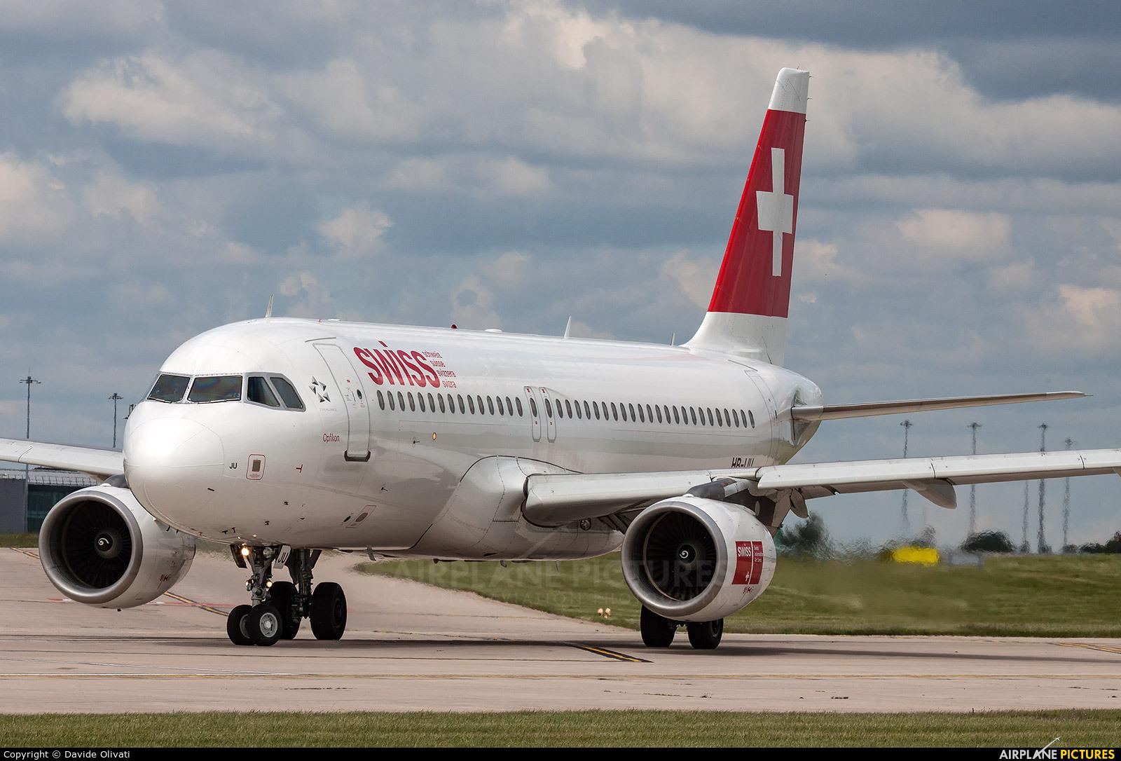 Swiss HB-IJU aircraft at Manchester